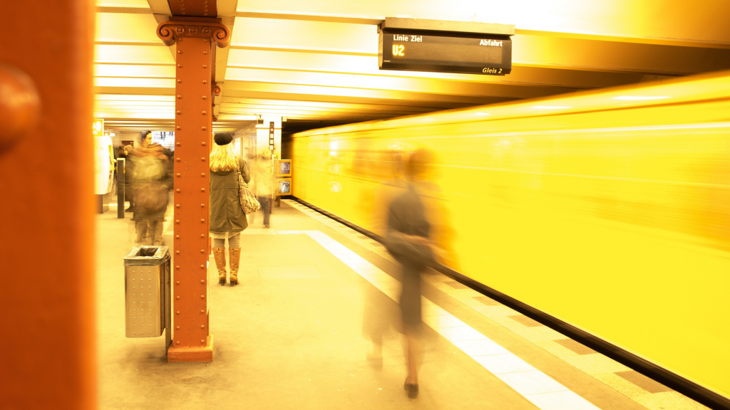 metro-549079_19202